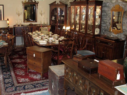 Brandywine River Antiques Market Chadds Ford Pa